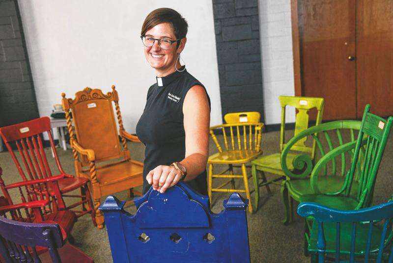 Iowa City pastor Anna Blaedel takes 'indefinite' leave of absence for being gay