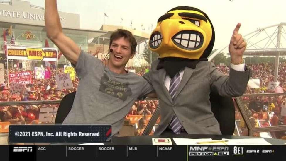 ESPN College Gameday Iowa-Iowa State picks: Who Lee Corso, Ashton Kutcher picked to win
