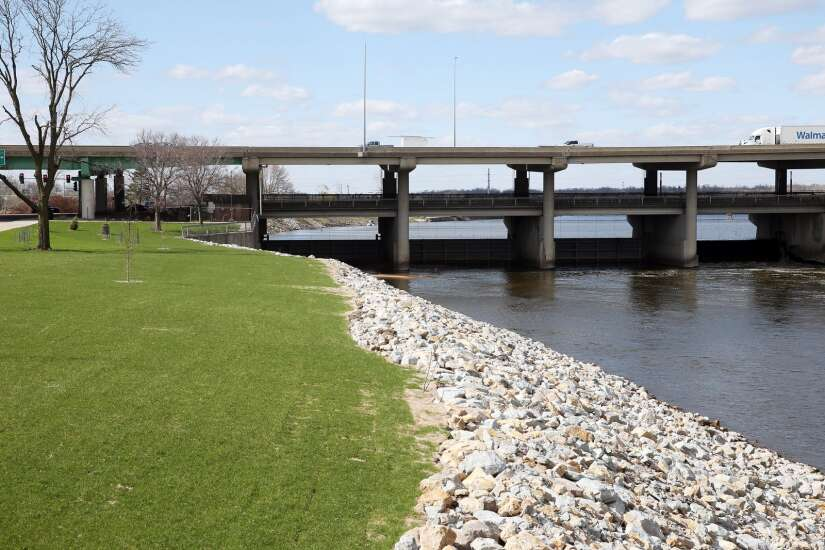 Study: Cedar Rapids could attract visitors with white-water course and recreation options on river