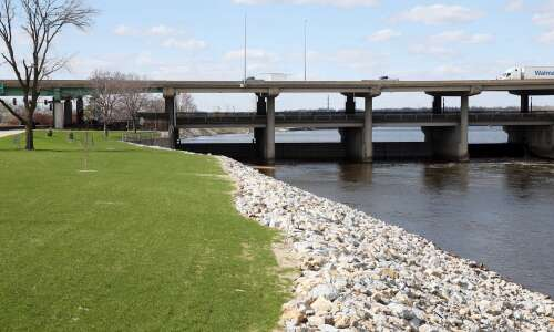 Study envisions white-water course, amenities in Cedar River
