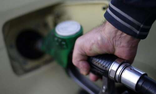 Oil price holds above $51 a barrel as traders search…