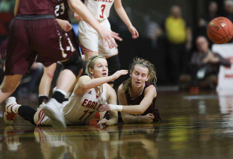 Iowa girls' state basketball notes: Wells Fargo Arena contract extended, Miss Basketball candidates
