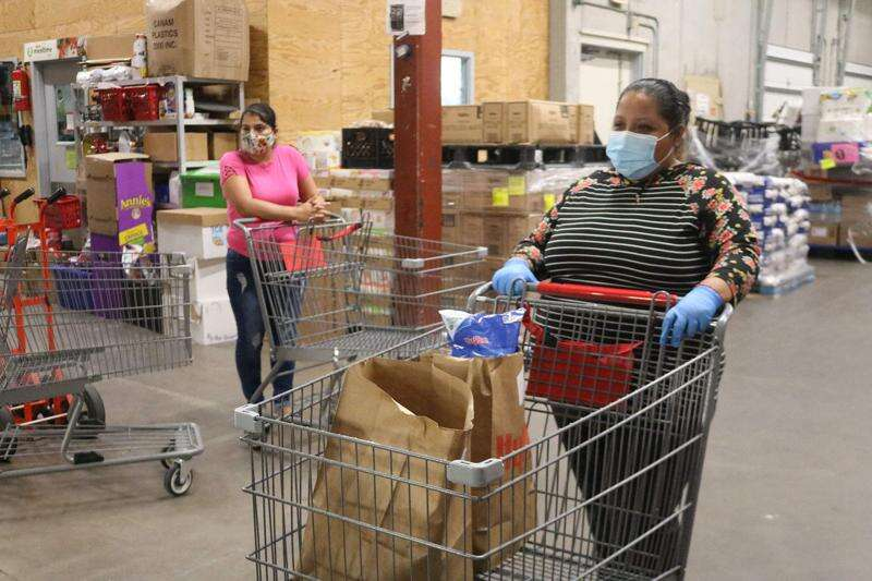 LULAC and Vegan Outreach provide fresh produce for 19 local families affected by the pandemic