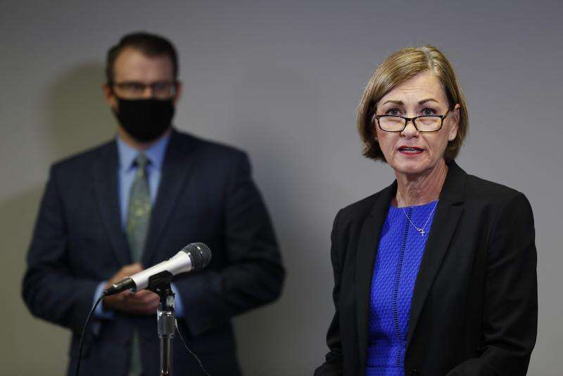 Iowa teachers association rejects governor's coronavirus school reopening plan