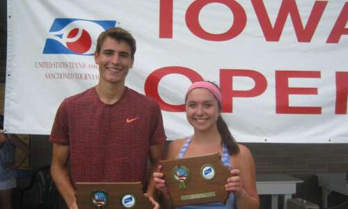 Coe's Anderson, Resnick find chemistry as first-time mixed doubles tennis…