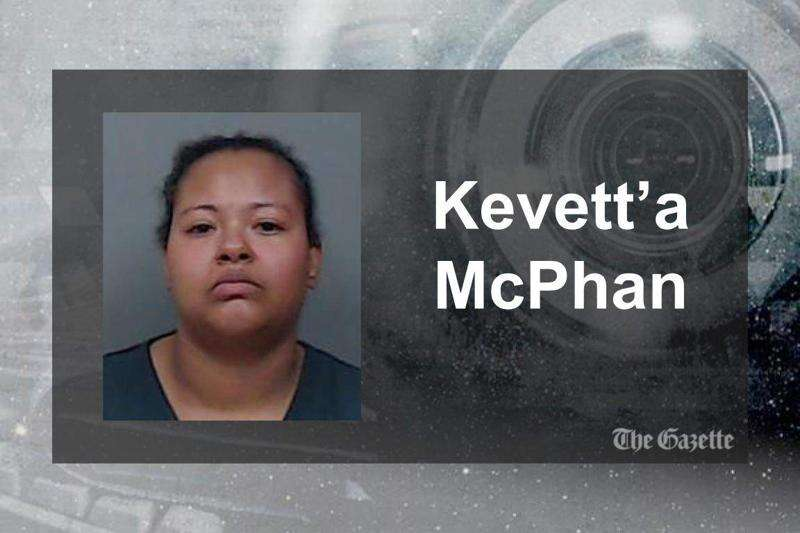 Mom and son face charges in Cedar Rapids Walmart fight