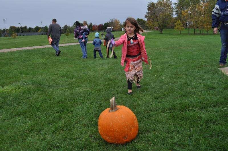 Healthy Communities hosts 8th annual Halloween Walk