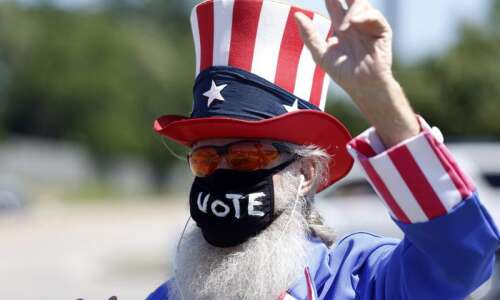 Iowa Democrats, Republicans set 2022 midterm caucus date