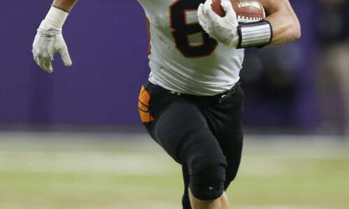 Waukon drops Boyden-Hull/Rock Valley to return to state football finals