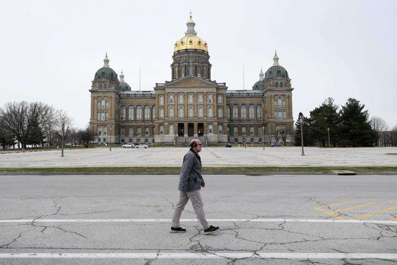 Bracing for COVID-19's Iowa budget hit