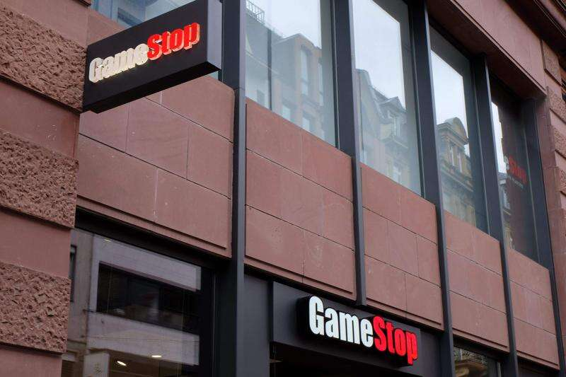 GameStop closing up to 200 stores