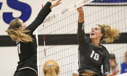 Johnson County edges Kirkwood in 5-set NJCAA volleyball tournament thriller