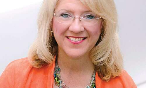 HER take on tackling procrastination: A conversation with LeeAnn Eddins