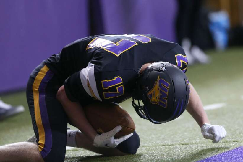 UNI football hangs with, but can't beat, No. 2 North Dakota State