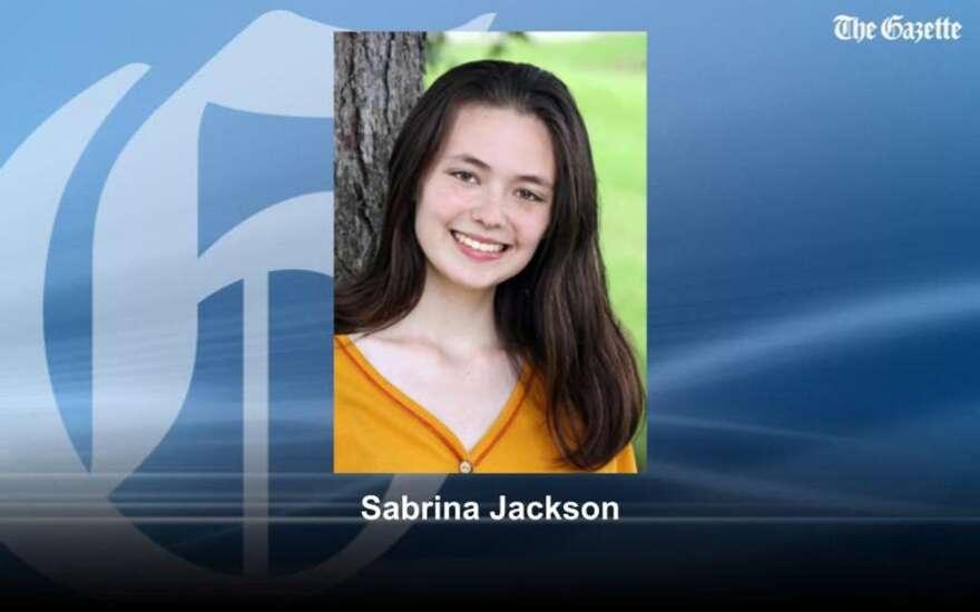 Cedar Rapids police: Son kills mother, father, sister
