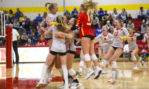 Marion sizzles early, sweeps Benton to advance to state volleyball