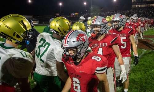 Iowa high school football scores: Week 5 roundup