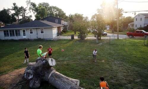 Video: Cedar Rapids residents look back one year after derecho