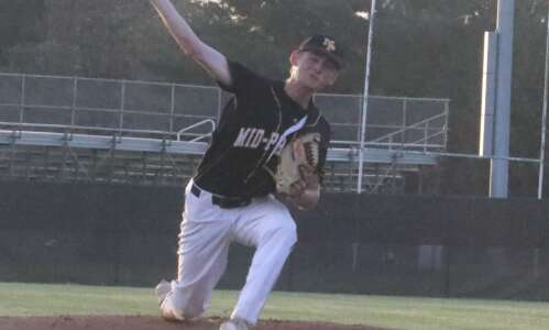 No. 8 Mid-Prairie baseball explodes for 18 in Mt. Pleasant