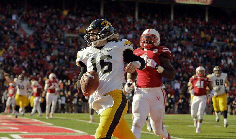 Beathard makes the 'sanctioned' plays