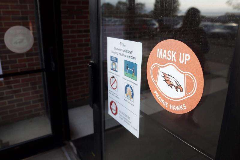 Iowa school districts discussing changes to mask mandates