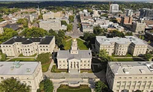 Iowa, Iowa State lose ground in global rankings