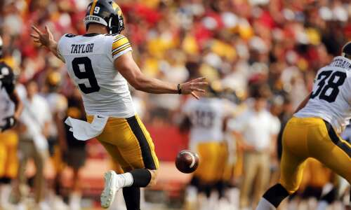 Iowa special teams played crucial role in Hawkeyes' 2-0 start