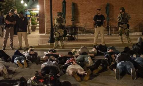 Iowa Libertarians taking sides in conflict between police and BLM…