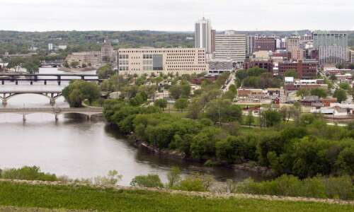 With minor river flooding expected, Cedar Rapids to close low-lying…