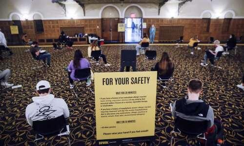 Iowa university faculty ramp up calls for mask, vaccine mandates