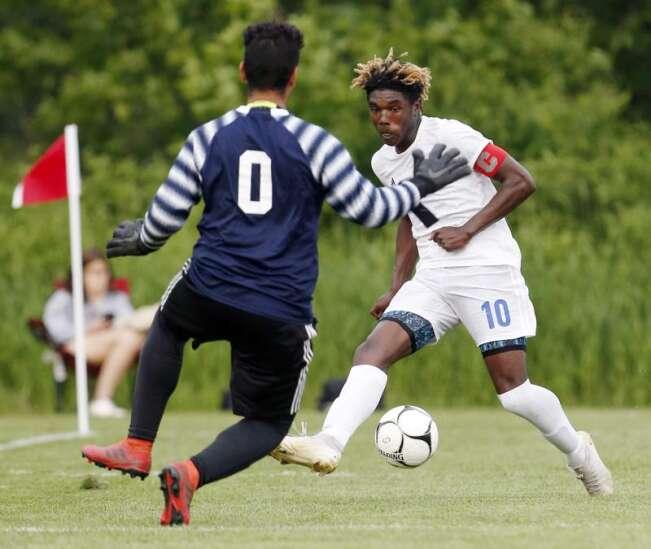 Boys 3A soccer quarterfinals - CR Washington vs Marshalltown
