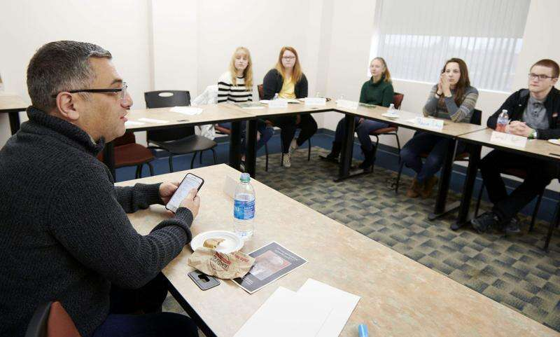 Marion, Linn-Mar students take initiative on Marion Youth Council