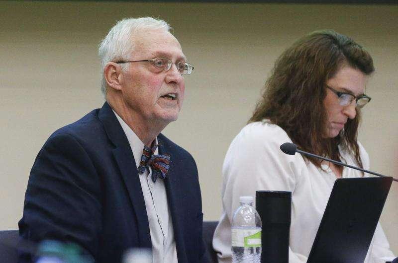 'A voice for students' Cedar Rapids school board member Gary Anhalt dies
