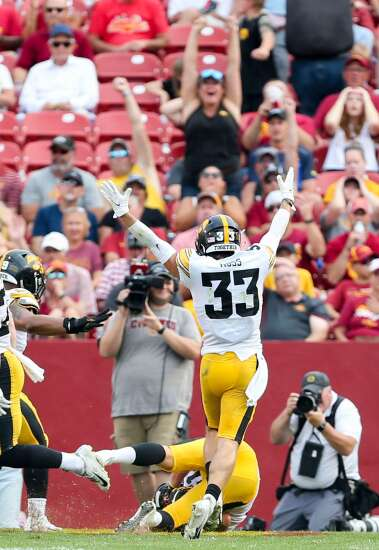 Prideful Iowa defense has special bond between old and new players