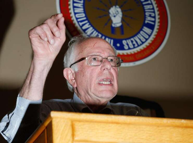 Iowa labor leaders call for unions to endorse Sanders