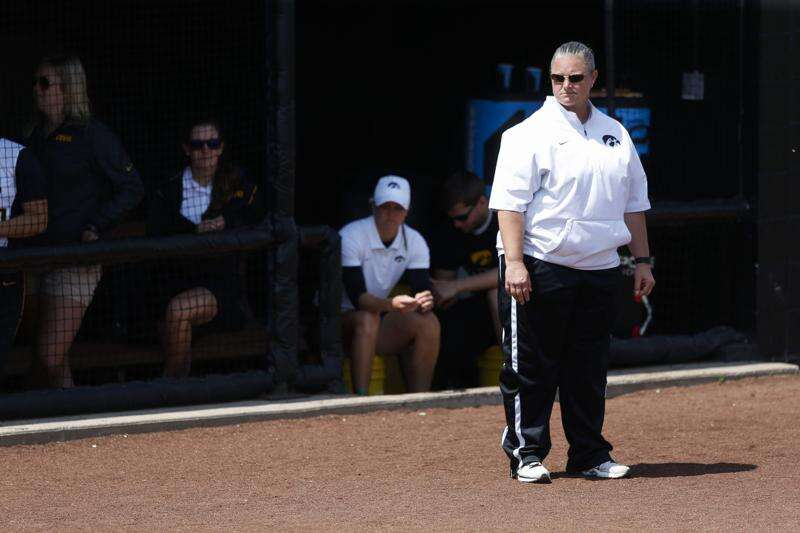 Iowa softball continues backslide with no end in sight