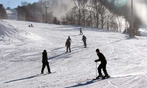 Eastern Iowa ski resort gets early start thanks to colder-than-normal…