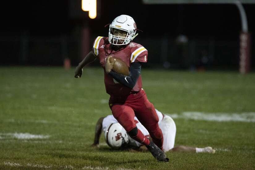 Photos: Western Dubuque vs. Marion, Iowa high school football Week 5