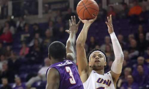 UNI men's basketball responds 'great' to earn split with Valpo