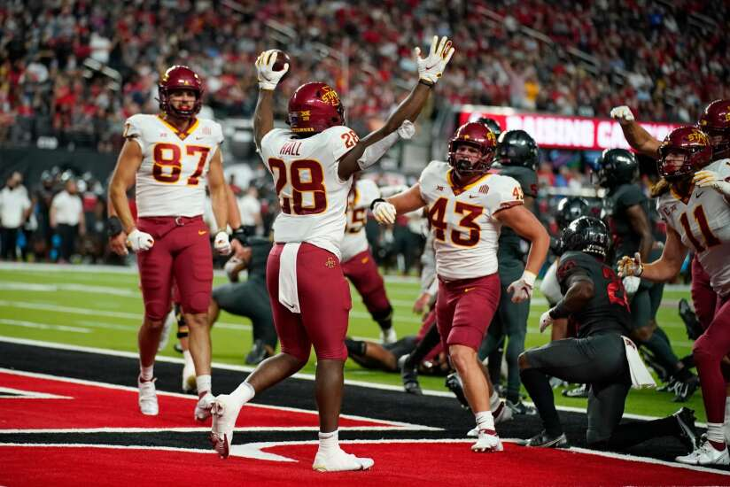 Iowa State football gets right with 48-3 win at UNLV