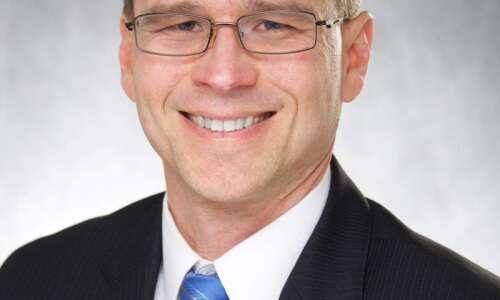 Cedar Rapids school board appoints Scot Reisinger to fill vacancy
