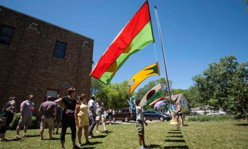 Flags for Iowa City art project moves from public workshops…