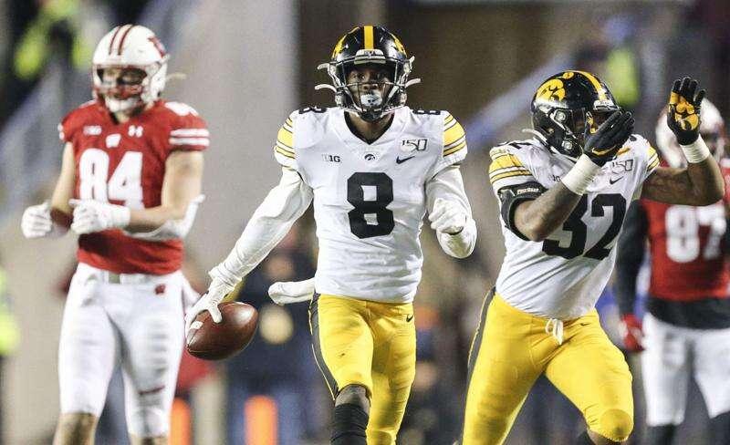 Did Wisconsin Badgers bribe Big Ten football schedule-makers with bratwurst?