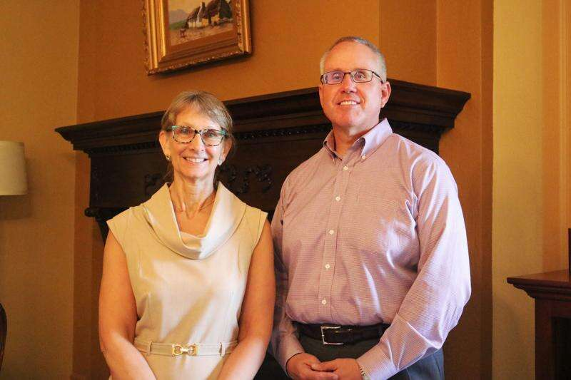 Outgoing Iowa Wesleyan president to continue in role as adviser