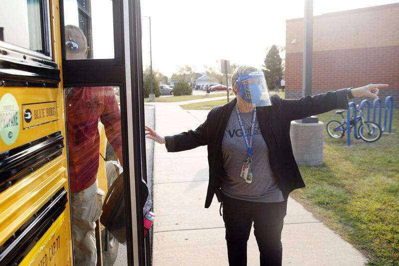 Students to continue wearing masks in Cedar Rapids Community School District