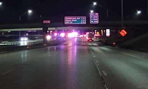 1 killed, 3 injured in overnight crash on I-380 in…