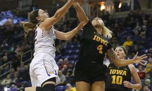 No. 25 Iowa makes it 11 straight vs. UNI, 71-47