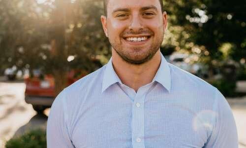 Democrat Sami Scheetz of Cedar Rapids to run for Senate…