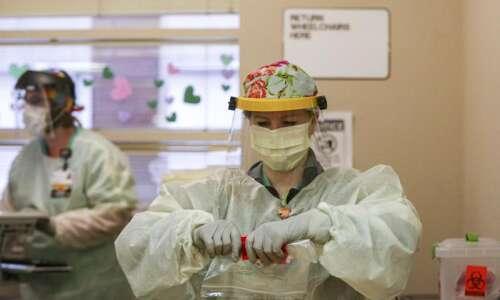 Iowa COVID-19 hospitalizations set records again