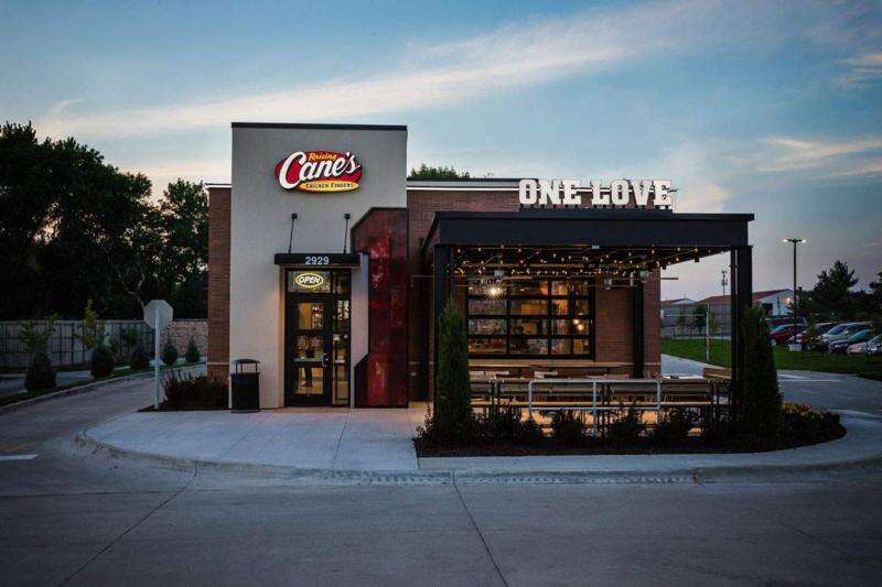 Raising Cane's chicken fingers restaurant now plans Cedar Rapids opening in 2021